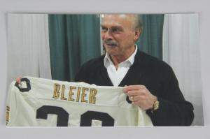 Rocky Bleier Auctions His Personal Game-Worn Jersey
